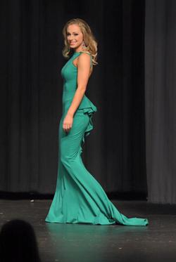 Jovani Green Size 4 Short Height Straight Dress on Queenly