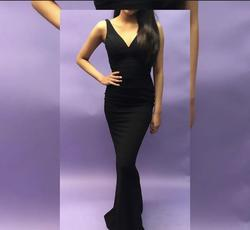 Black Size 0 Straight Dress on Queenly