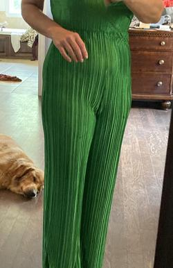 Pretty little thing Green Size 4 Plunge Fun Fashion Jersey Jumpsuit Dress on Queenly