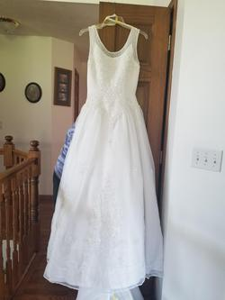 White Size 8 A-line Dress on Queenly