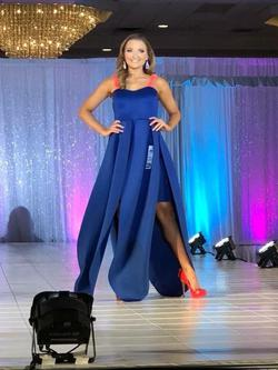 Wow wear Blue Size 2 Navy Strapless Train Dress on Queenly