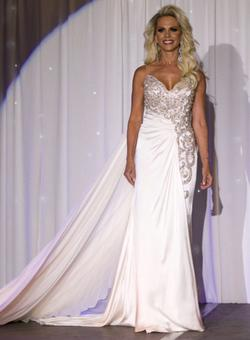 Mac Duggal White Size 4 Beaded Top Train Straight Dress on Queenly
