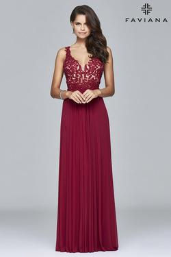 Style 8000 Faviana Red Size 14 Wedding Guest Bridesmaid Straight Dress on Queenly