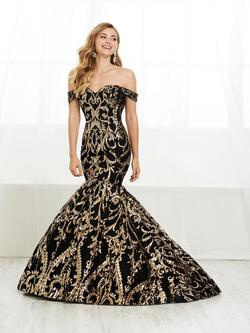 Style 16394 Tiffany Designs Black Size 8 Gold Pageant Sequin Fitted Mermaid Dress on Queenly