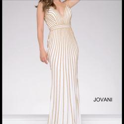 Style 45898 Jovani White Size 0 Prom Pageant Mermaid Dress on Queenly