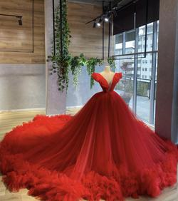 Goodness Red Size 0 Pageant Train Ball gown on Queenly
