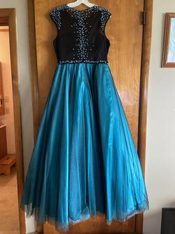 Multicolor Size 14 Ball gown on Queenly