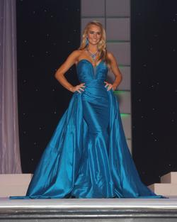 Jovani Blue Size 2 Straight Pageant Ball gown on Queenly