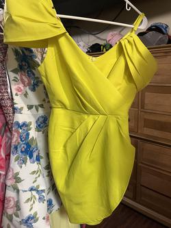 Club L Yellow Size 2 Cocktail Dress on Queenly