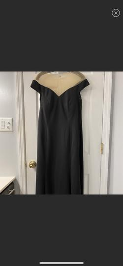 Jasmine Black Size 14 Plus Size Straight Dress on Queenly
