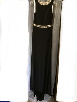 Mac Duggal Black Size 8 Sheer Side slit Dress on Queenly