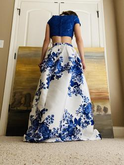B. Darlin Blue Size 4 Print Two Piece Ball gown on Queenly