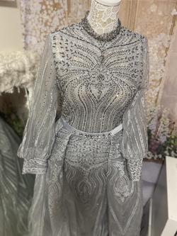 Silver Size 10 Train Dress on Queenly