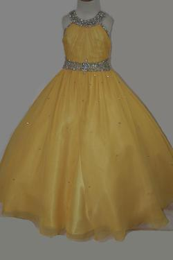 Style LR2161 Little Rosie Yellow Size 00 Pageant Ball gown on Queenly
