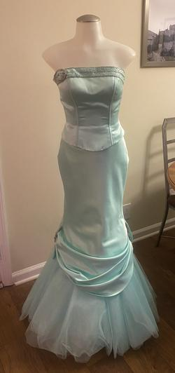 Tiffany Designs Green Size 2 Strapless Mermaid Dress on Queenly