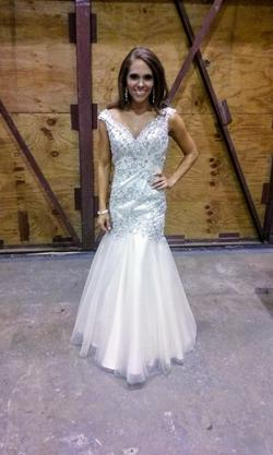 Tony Bowls Gold Size 0 Pageant A-line Dress on Queenly