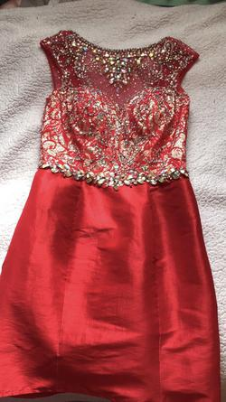 Mac Duggal Red Size 2 Homecoming Cap Sleeve Cocktail Dress on Queenly