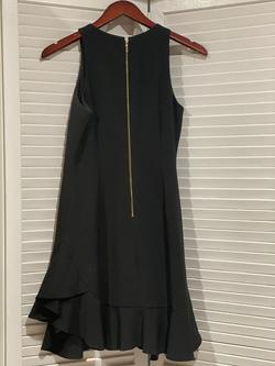 Chelsea 28 Black Size 4 Interview Flare Wedding Guest Cocktail Dress on Queenly