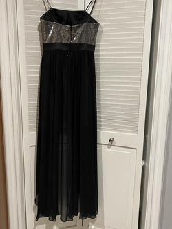 Aidan Black Size 4 Fun Fashion Short Height Cocktail Dress on Queenly