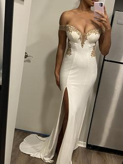 Faviana White Size 2 Pageant Side slit Dress on Queenly
