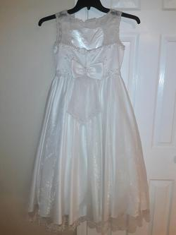 Cinderella White Size 12 Pageant A-line Dress on Queenly
