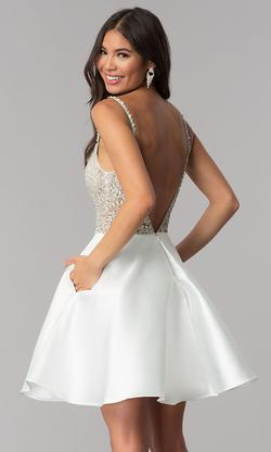 Jovani White Size 4 A-line Homecoming Cocktail Dress on Queenly
