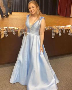 Sherri Hill Blue Size 10 Polyester Pageant V Neck Ball gown on Queenly
