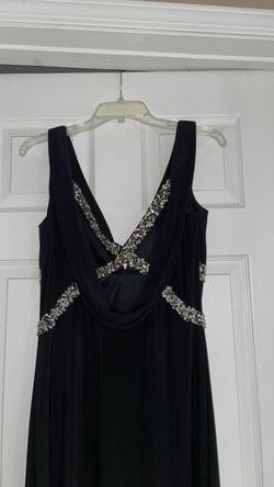 Betsy and Adam Black Size 10 Wedding Guest V Neck Straight Dress on Queenly