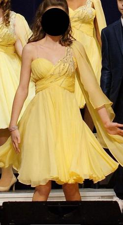 Yellow Size 00 Cocktail Dress on Queenly