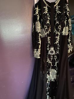 Black Size 12 Train Dress on Queenly
