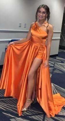 Orange Size 2 Train Dress on Queenly