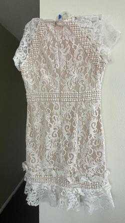 White Size 12 Cocktail Dress on Queenly