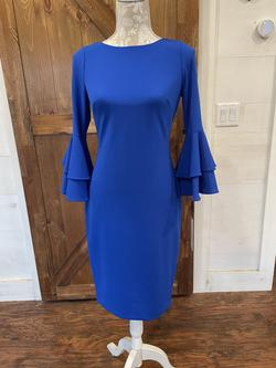 Calvin Klein Royal Blue Size 2 Cocktail Dress on Queenly