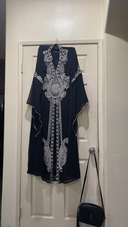 Arabian dress Black Size 12 Wedding Guest Beaded Top Sequin Ball gown on Queenly