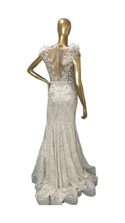 Mac Duggal White Size 6 Embroidery Pageant Wedding Mermaid Dress on Queenly