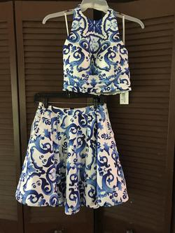 Glamour by Terani Couture Blue Size 6 Two Piece Corset Cocktail Dress on Queenly