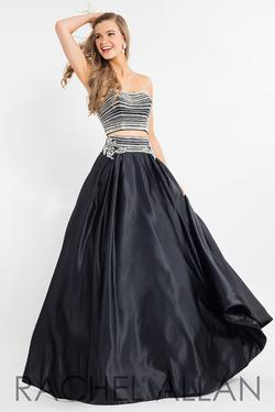 Style 7525 Rachel Allan Black Size 2 Silk Strapless Prom Ball gown on Queenly