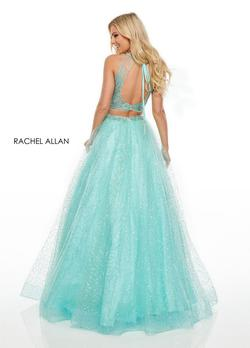 Style 7025 Rachel Allan Green Size 8 Prom A-line Halter Ball gown on Queenly