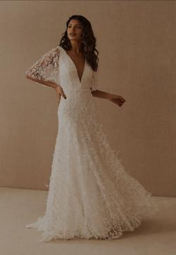 Style  Lourdes Jenny Yoo White Size 10 Bell Sleeves Wedding V Neck Mermaid Dress on Queenly