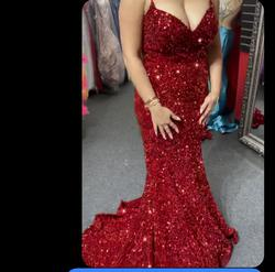 Read gorgeous dress Red Size 8 Spaghetti Strap Prom Mermaid Dress on Queenly