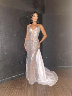 Fernando Wong Silver Size 2 Pageant Mermaid Dress on Queenly