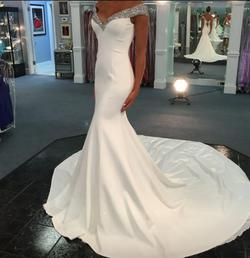 Jovani Couture White Size 2 Jersey Ball gown on Queenly