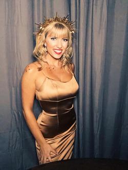 Sherri Hill Gold Size 0 Train Halter Mermaid Dress on Queenly