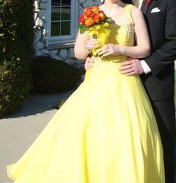 MacDuggal Yellow Size 8 Sweet 16 Quinceanera Sequin One Shoulder Ball gown on Queenly