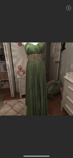 Prime Donna by Macduggal Green Size 4 Sweetheart Sequin Train A-line Dress on Queenly