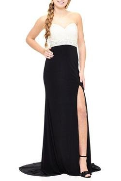 Milano Formals  Black Size 12 Sweetheart Sorority Formal Tall Height Straight Dress on Queenly