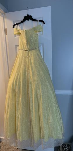 Colette Mon Cheri Yellow Size 00 Prom Pageant Sweetheart Ball gown on Queenly