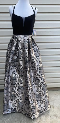 Silver Size 0 A-line Dress on Queenly