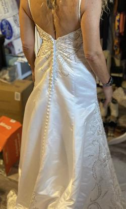 New Casablanca wedding dress size 10 White Size 10 Pageant V Neck Train Dress on Queenly