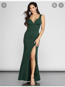 Windsor Green Size 4 Emerald Sorority Formal A-line Dress on Queenly
